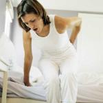 Dolor de espalda al levantarse: causas y tratamiento